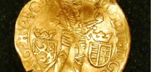 Különleges aranydukátot találtak Óföldeák közelében